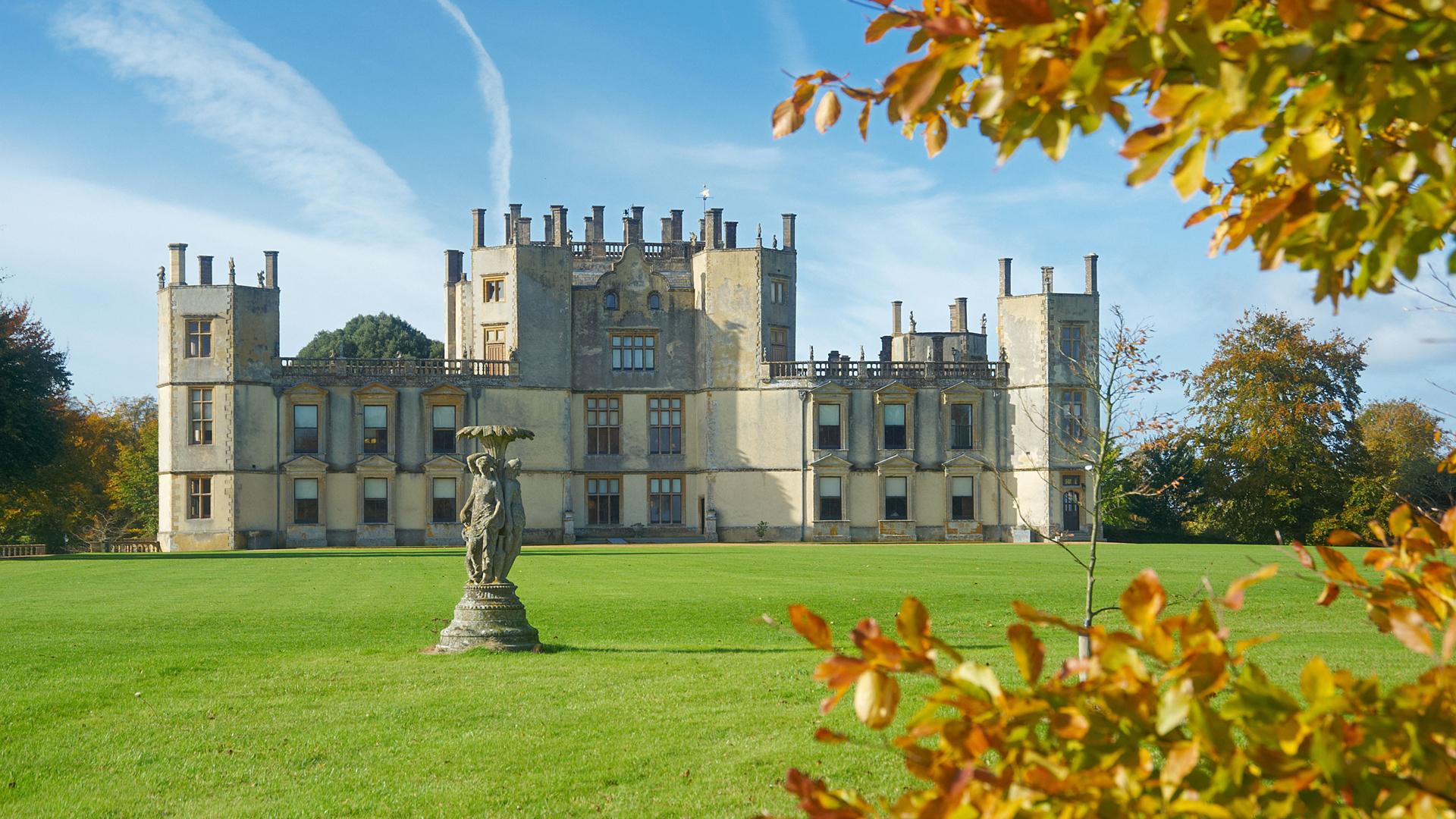 Visit: Sherborne Castle